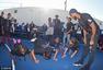 高清图:保罗乔丹看望青少年 亲和力爆棚欢乐多