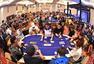 高清图:世界扑克巡回赛 娇艳美女凹凸身材吸睛