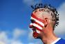 高清图:美国大哥爱扎小辫儿 斯巴达发型真惹眼