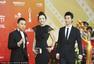 北京电影节闭幕红毯 周韦彤黑裙妩媚动人