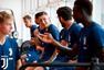 组图:尤文夏训正式开始 U20世青赛金靴首亮相