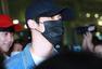 B1A4日本返韩 机场遭大批粉丝围堵心情好