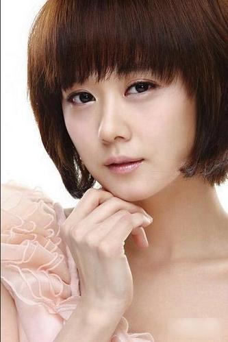韩国女星卸妆死? 素颜对比照曝光