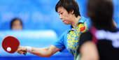 8月20日,张怡宁在北京奥运会乒乓球女子单打第三轮中以4比0战胜白俄罗斯选手,晋级下一轮。新华社/摄
