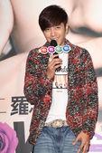 搜狐娱乐讯 2011年3月14日台北讯 今日,罗志祥举办《独一无二粉丝见面会》,在电影院陪歌迷过白色...