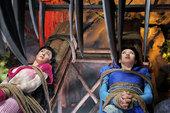 《仙剑奇侠传三》故事发生在《仙剑》第一代的五十年前,那时候,李三思刚刚发出赤子的第一声啼哭;巫后还是...
