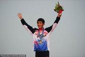 北京时间11月27日 在2010年广州亚运会男子马拉松决赛中,韩国选手池永骏以2小时11分11秒夺冠...