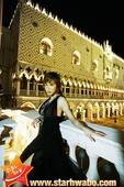 搜狐韩娱讯 韩国女演员赵夏朗在香港和澳门等地拍摄的个人写真集《Summer…Day&Night》最近...