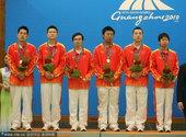 2010年11月26日,广州,2010年广州亚运会围棋男子团体,韩国夺冠,中国摘银。