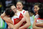 北京时间11月27日,广州亚运会决出一枚重量级金牌,在女排赛场冠亚军争夺中,中国队遭遇老对手韩国,结...